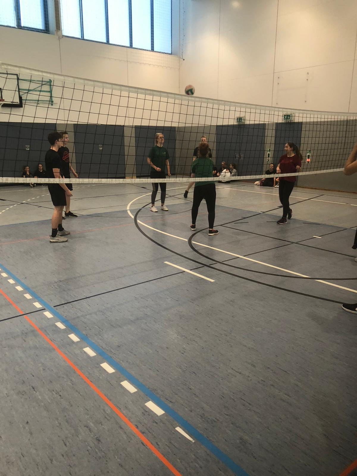 volleyball19 6