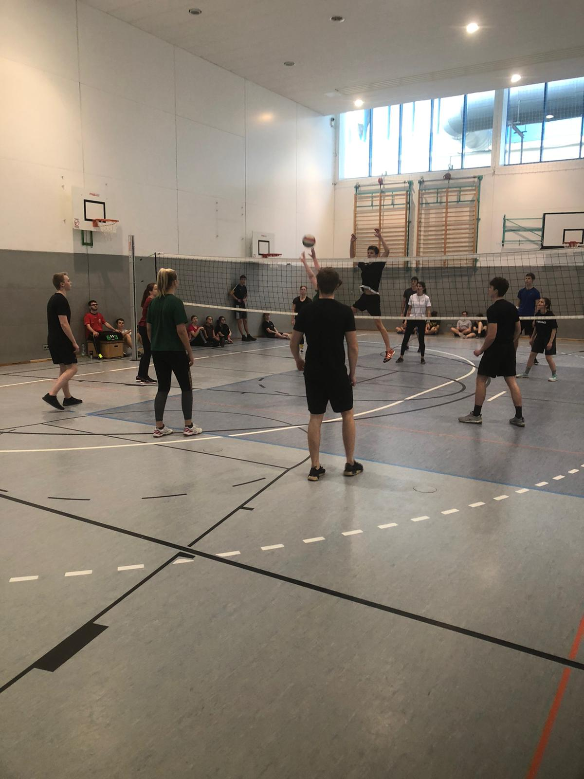 volleyball19 7